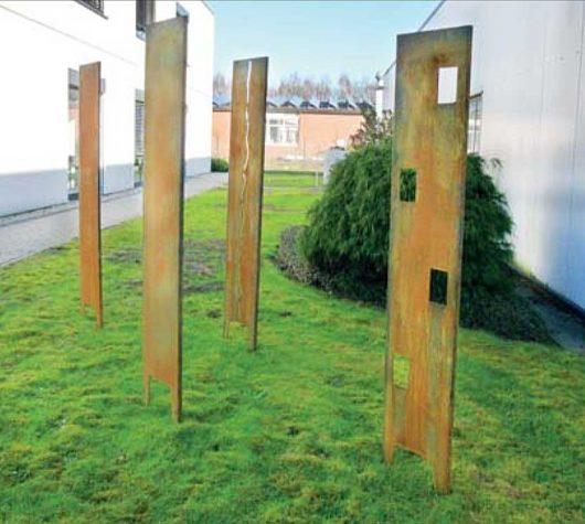 Motivstelle Eingangsstelle aus rostigem Stahl mit Motiv Kleining